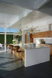 Mid Century Modern Homes Peek Inside Palm Springs Midcentury Modern Homes Dwell Kitchen Of