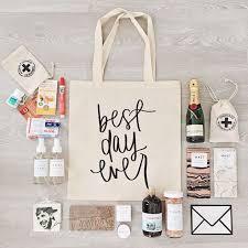 bridesmaids gift bags bridesmaids goodie bags best 25 wedding bag ideas on