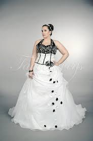 schwarz weiãÿ brautkleid brautkleid tw plus shereena für große größen in schwarz weiß