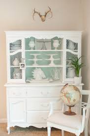 How To Repaint Furniture by Domestic Fashionista How To Paint Furniture The Correct Way