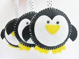 Felt Penguin Christmas Ornament Patterns - best 25 felt christmas decorations ideas on pinterest christmas