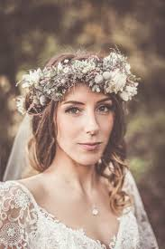 bridal crowns 716 best flower crowns images on hairstyles flower