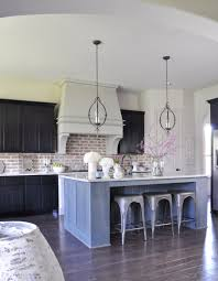 What To Look For In Kitchen Cabinets Fresh Look For Spring In The Kitchen Decor Gold Designs