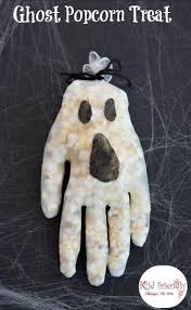a simple and fun ghost popcorn treat