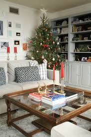 parade of christmas homes primitive and proper up to date interiors