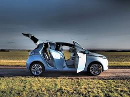 renault motor new motor means increase in range and performance for renault zoe