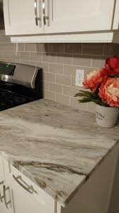 Kitchen Countertops And Backsplash by Best 25 Granite Backsplash Ideas On Pinterest Kitchen Cabinets