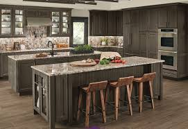 lowes canada kitchen cabinets kraftmaid custom kitchen cabinets lowe s canada