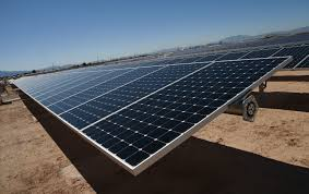 Solar Power Traffic Lights by Solar Energy Surges As Hurricane Struck States Rush To Install