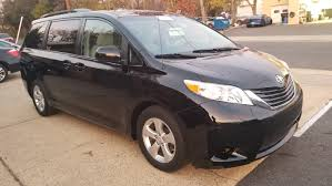 nissan sienna 2017 2014 toyota sienna le 1owner clean carfax excellent condition