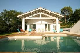 location maison 4 chambres superbe maison biarritz arcangues piscine chauffée 4chambres parc