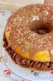 afbeeldingsresultaat voor giant donuts met chocolademousse