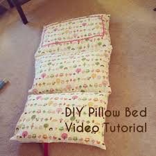 diy pillow bed tutorial with video explanation that crafty