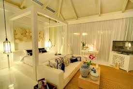 Luxurious Bedroom Bedroom Chic Interior Design Of Master Bedroom With White