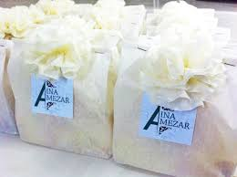 simple wedding favors diy guest wedding favour or doorgift white paper bag and tissue