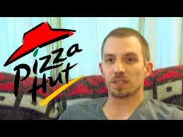 pizza hut fires manager for refusing to open on thanksgiving
