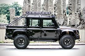 land rover discovery modified the james bond defender is up for auction pat callinan u0027s 4x4