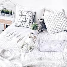 Golden Night Bed Decoration Best 25 Minimalist Bed Ideas On Pinterest Minimalist Bed Frame