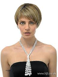 pageboy hairstyle gallery bob hairstyle pageboy bob hairstyle elegant erat blonde pageboy