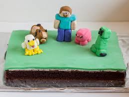 mindcraft cake minecraft cake with marshmallow fondant figures with creeper