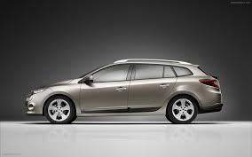 renault megane estate 2010 new renault megane estate widescreen exotic car wallpapers