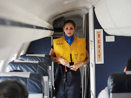 cabin crew description rule the skies globe trotting as a cabin crew idreamcareer