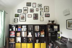 How To Design A Gallery Wall by How To Create A Gallery Wall On A Budget U2013 Thriftea