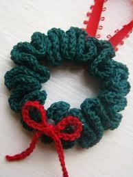wreath ornament free crochet pattern free crochet