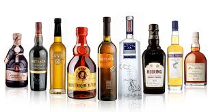 among of the soft and alcoholic drinks wich 1 u always av with