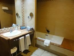 salle de bain dans une chambre salle de bain chambre standard picture of occidental jandia royal