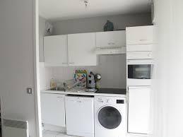 machine a laver dans la cuisine vinaigre dans lave linge dtacher du linge trucs et astuces