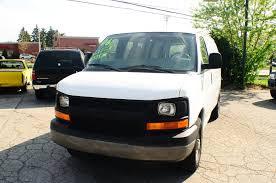 2006 chevrolet express 2500 white used work van