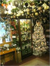 Angus Barn Christmas Decorations by Oakwood Farm Christmas Barn An Old Fashioned Christmas Shop