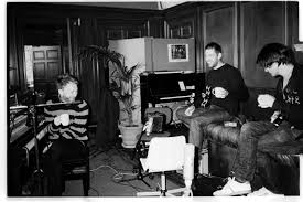 Radiohead The King Of Limbs Live From The Basement Radiohead Tea Drinkers Pinterest Radiohead Thom Yorke And