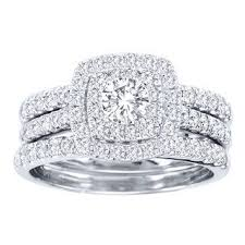 diamond wedding ring sets for this is our alluring 2 15 ctw princess cut diamond engagement ring