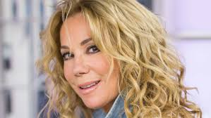 should older women have their hair permed curly how to get kathie lee gifford s curly hairstyle on today