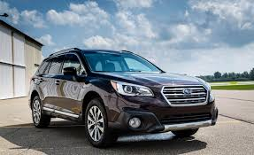 green subaru outback 2017 2017 subaru outback pictures photo gallery car and driver