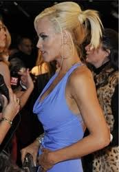 does jenny mccarthy have hair extensions jenny mccarthy s big blonde hairstyle hair health beauty blogs