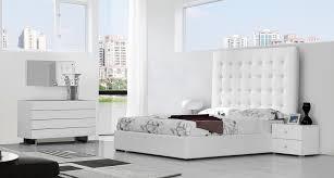 modern furniture bedroom sets buy platform beds or modern beds in modern miami