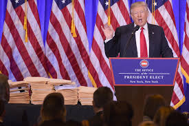 What Desk Is Trump Using by Donald Trump Press Conference Folders U0027containing His Business