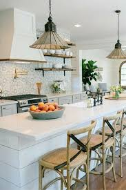Painting Kitchen Backsplash Best 25 Fixer Upper Kitchen Ideas On Pinterest Fixer Upper Hgtv