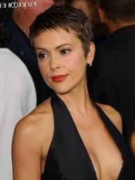 mod le coupe de cheveux femme coiffure courte visage ovale les tendances mode du automne hiver