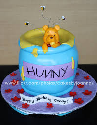 winnie the pooh cakes thecakinggirl winnie the pooh cakes