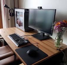 jeux de au bureau épinglé par adam wurster sur desktop setups