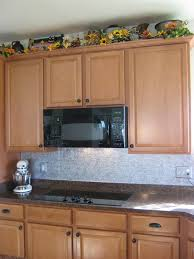kitchen backsplash with paintable wallpaper