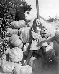 1960 Halloween Costumes 25 Vintage Halloween Costumes Ideas Vintage