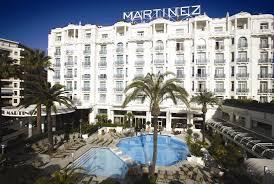 prix chambre hotel carlton cannes hotel 5 étoiles cannes hôtels de luxe palaces plage privée