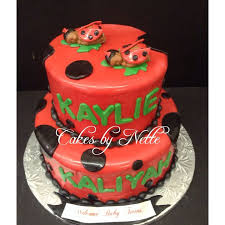 Ladybug Baby Shower Centerpieces by 96 Best Baby Showers Images On Pinterest Baby Shower Cakes Baby