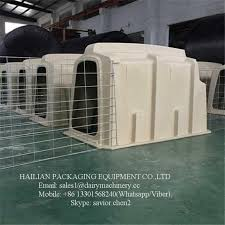 Plastic Calf Hutches Calf Hutch With Stainless Steel Fence And Cow Cubicles For Dairy Farm