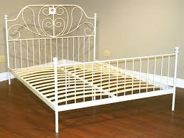 Bed Frame Metal Queen by 20 Humbling White Metal Bed Frame Queen Ideas